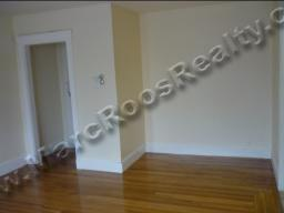 PET FRIENDLY 2 BED COMM AVE - ALL UTIL INCL