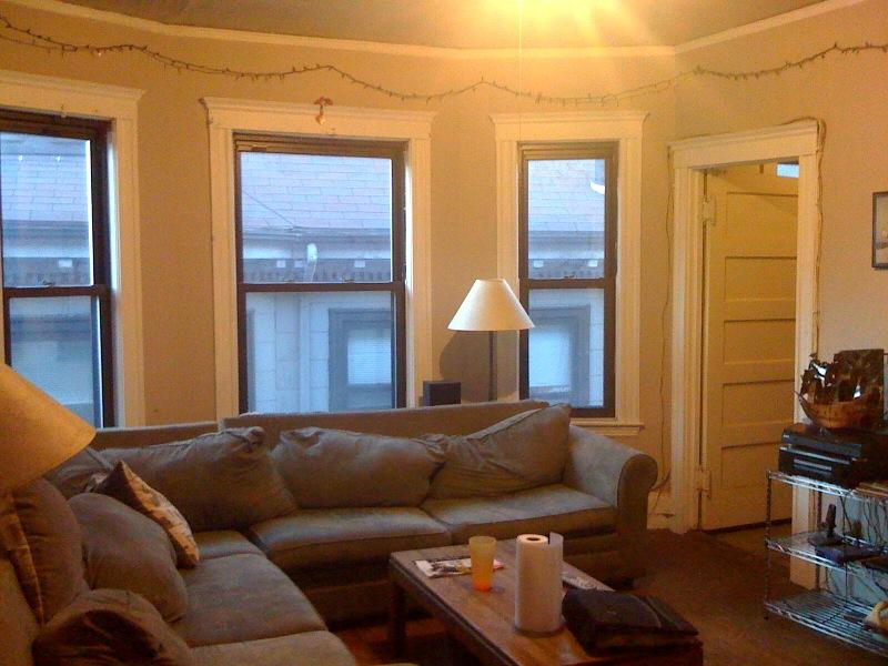 Big and Beautiful 3 Bed, Include Heat, Avail 7/1