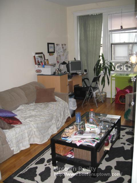 Great One Bed on Lothian Rd., Pet Ok, Avail 8/1, HT/HW Incl.