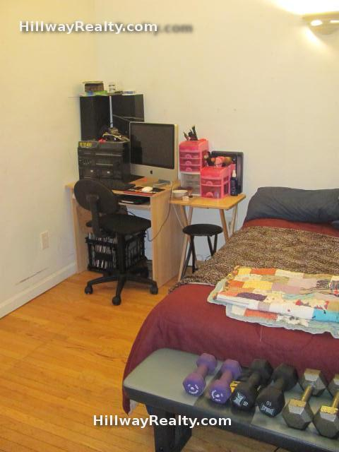 Large studio with HUGE closet and Ht/Hw included for Sept 1st, Photos