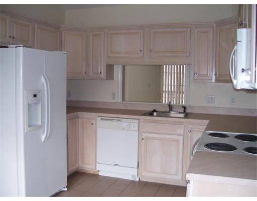 Fully Appointed 2 Bedroom Townhouse, 2 Car Garage, Walk In Closets!