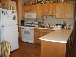 5 Bd on , 2 Bath, Laundry in Building, Parking For Rent
