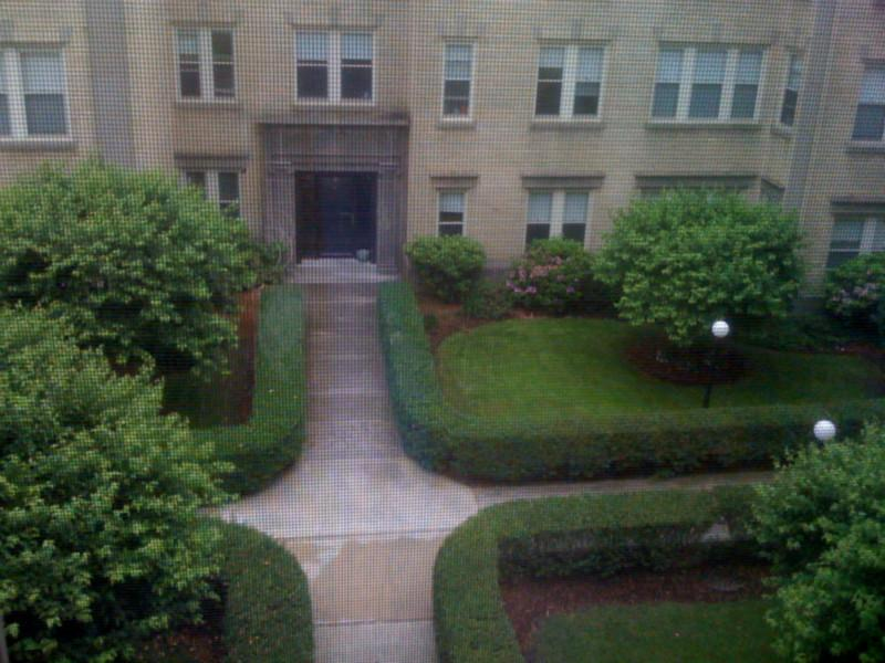 2 Bd, Avail 09/01, On T, Gas Stove, Parking Available, On-Site Super