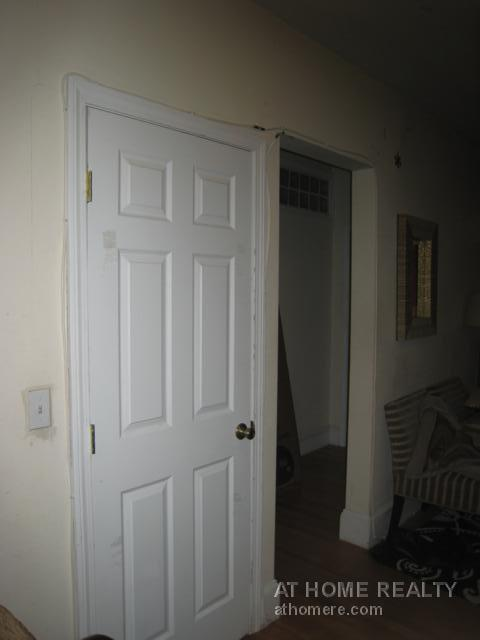UNIQUE 4 BED 1.5 BATH CONDO_UTILITIES INCLUDED_RENOVATED_SPACIOUS_9/1