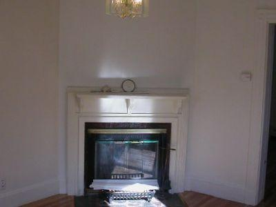 Huge Single Family 9 Bed Home in Allston!!