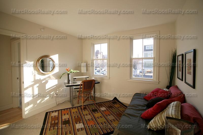 2 BED 2 BATH 09/01 SECOND ST  LAUNDRY IN UNIT