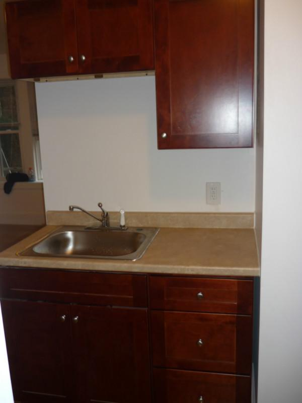 Comm Ave 2bed util included, HALF FEE, Pet friendly! Storage, on T!