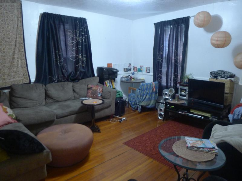 2 Bd on Fisher Ave.
