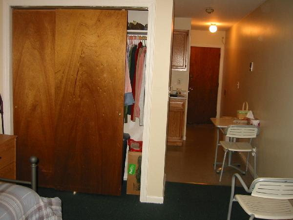 Big studio with separate kitchen and lots of closets!! Sept 1st!!