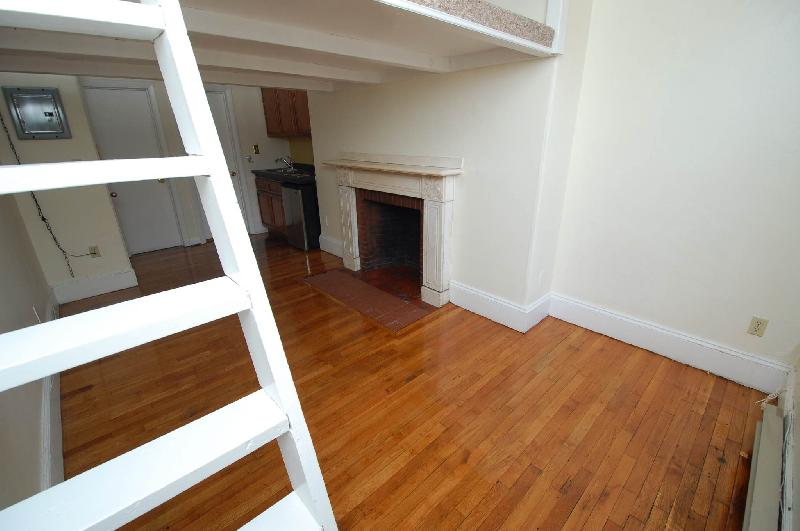 Studio on Marlborough St., Laundry in Building, Hardwood Floors, Loft