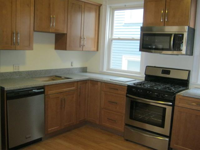 Two Minutes To E Train W/Two Baths,NEW Kitchen,Must See Photos! Sept!