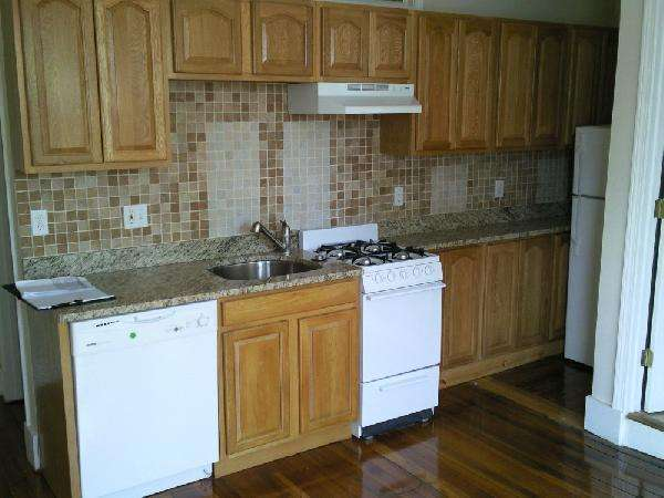 1 Bd, Great Location Spacious apartment.