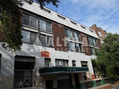 1 Bd, Avail 09/01, Parking Available, Laundry in Building, Parking