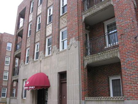Studio on Strathmore, Disposal, Laundry in Building, Modern Bath, A/C