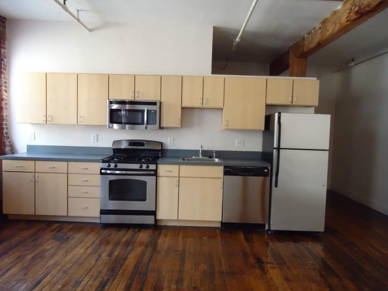 Hip Loft Style 1 Bed, Avail 04/15, Incld Util., Storage, Exposed Brick