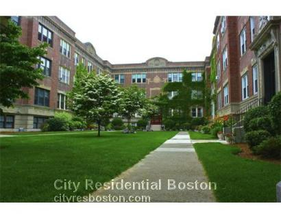 4 Greenway Ct., Brookline, Ma 02446