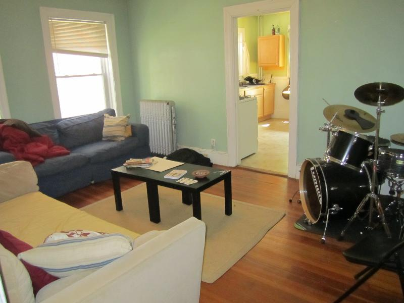 Short walk to Beacon st./ Large 3 bedroom