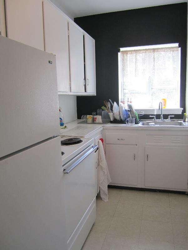 Complete Renovation to this BEAUTIFUL & SPACIOUS 2 Bed 1 Bath!!