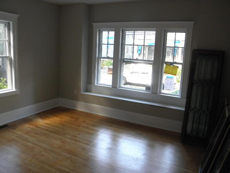 Gorgeous JP 3bed with PARKING! Laundry in unit, Yard, No undergrads