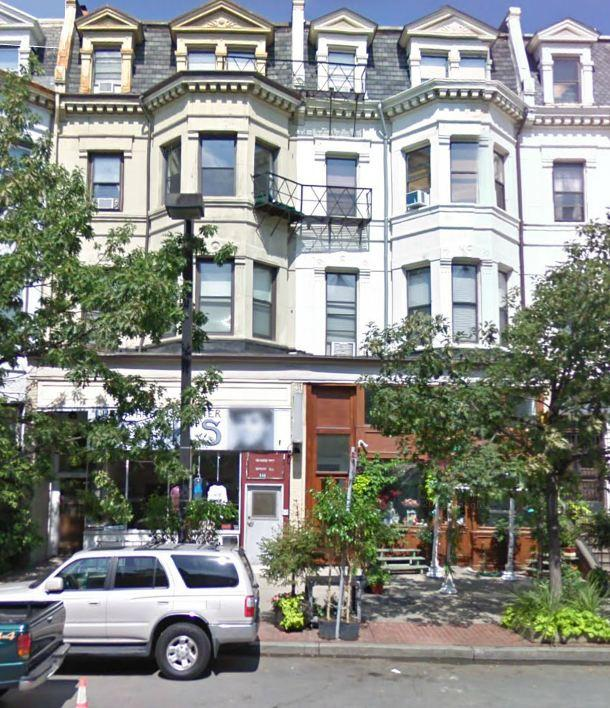 1 Bd on Columbus Ave., Avail 09/01