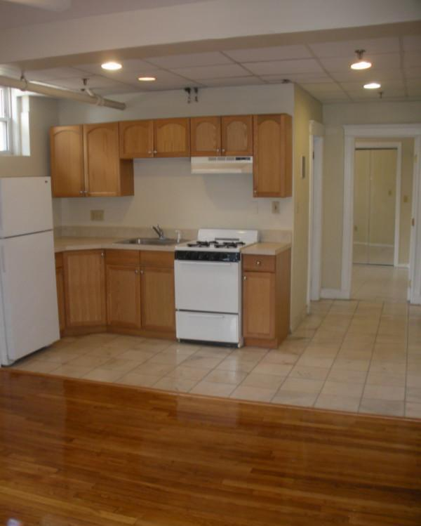 Big & Sunny 3 bed on Comm Ave Avail 6/1 $2685