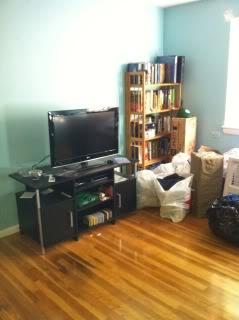 NICE 2 BED SEPT 1ST NEAR BC LAW SCHOOL AND BOSTON UNIV
