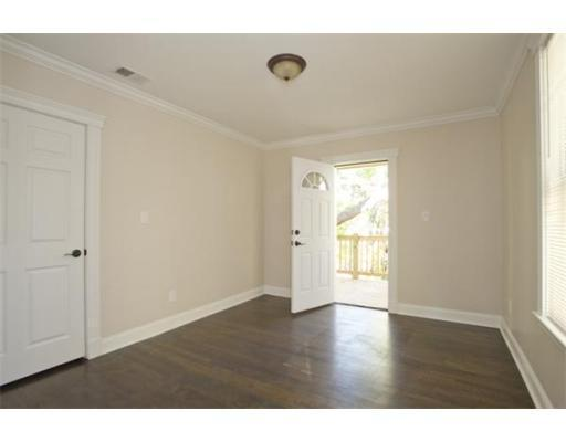 Modern 2bed in Jamaica Plain, very spacious, NO FEE! Avail 9/1