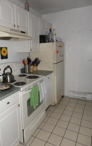 3 Bd on , Stove, Modern bathrooms, Dishwasher, Modern Kitchen, Laundry