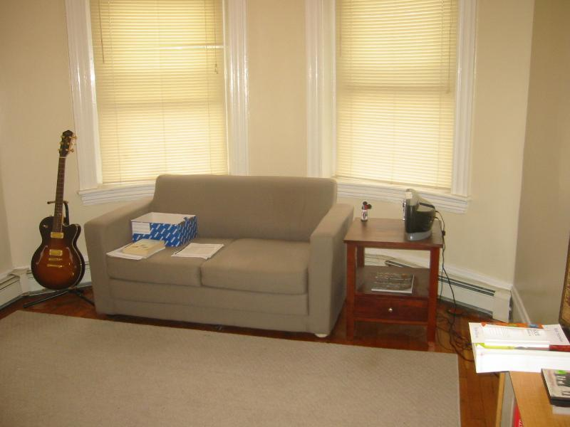 BEST DEAL 1 BED on Winthrop Rd 09/01