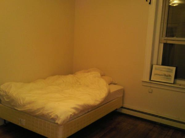 $1650 FOR ONE BEDROOM IN BROOKLINE OFF THE GREEN LINE (C)