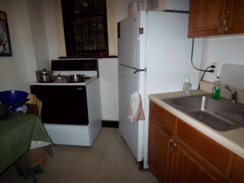 AVAIL 9/1 - 2 BR Walk to Berklee and BoCo! Garden Level