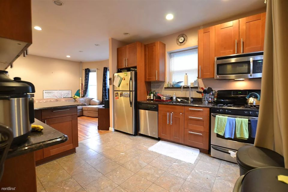 3 Beds, 2 Baths apartment in Boston, Brighton for $2,600