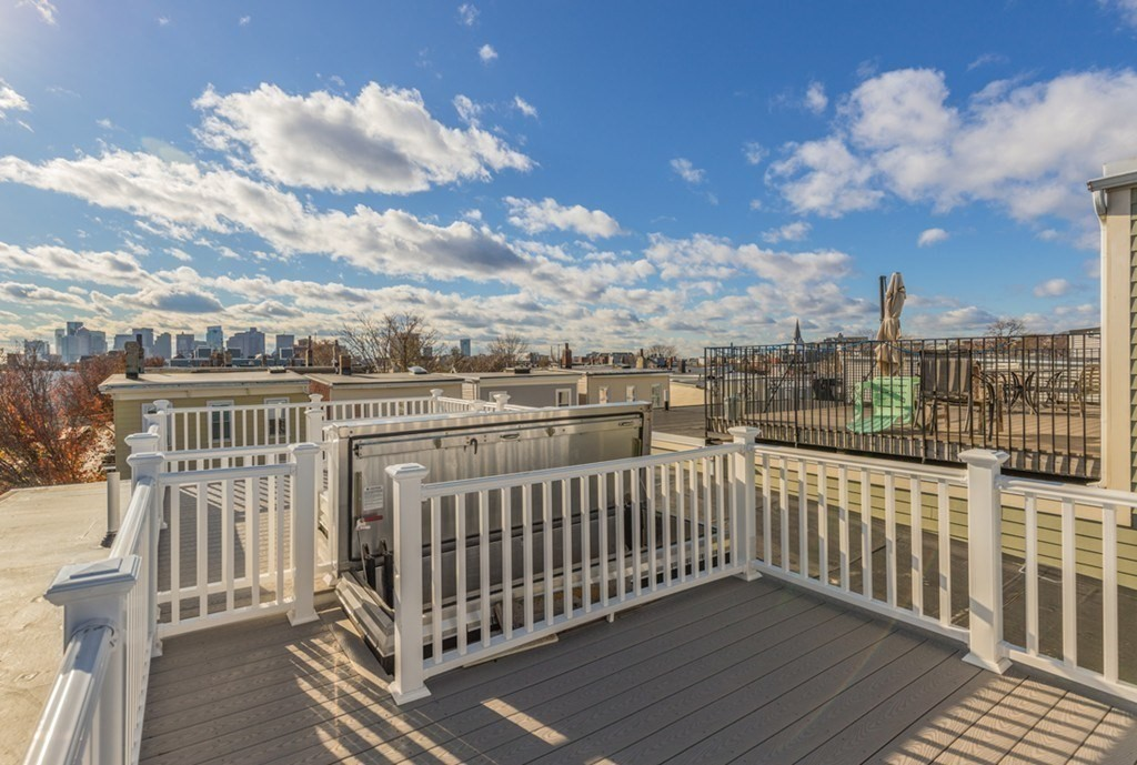 2 Beds, 1 Bath apartment in Boston, East Boston for $3,200