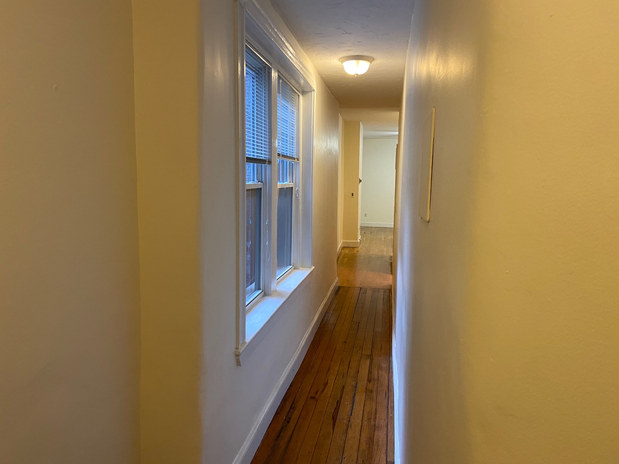 2 Beds, 1 Bath apartment in Boston, Beacon Hill for $1,900