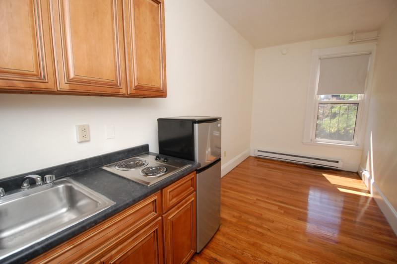 **Marlborough St  Downtown**Avail December 1st or January 1st