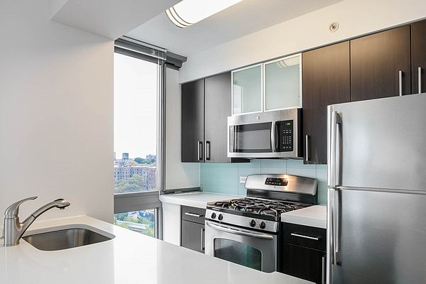 277 Gold St., Brooklyn, NY - 3,225 USD/ month