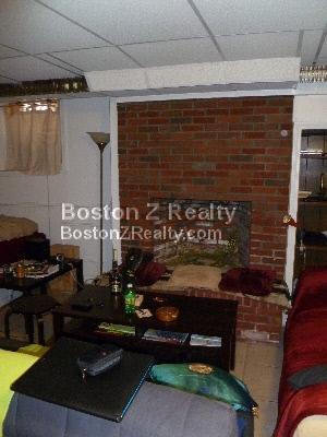 Studio, HT/HW, Avail 06/01, Laundry in Building, Fireplace (Decorative
