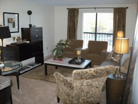 Awesome 1 Bed, Newer Kitchen, Pet Friendly, Heat Incl.!!
