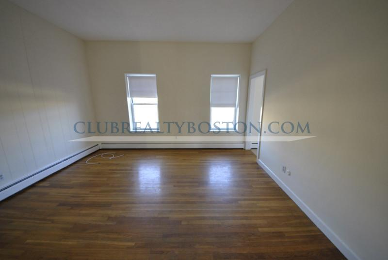2 Beds, 1 Bath apartment in Boston, Brighton for $1,900