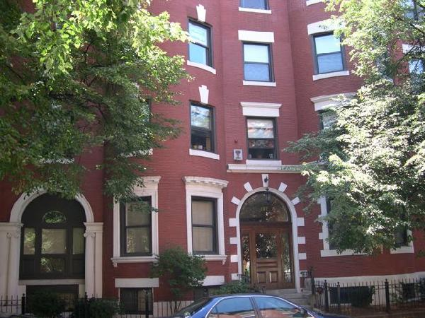 Large 2 Bed on Gainsborough St.