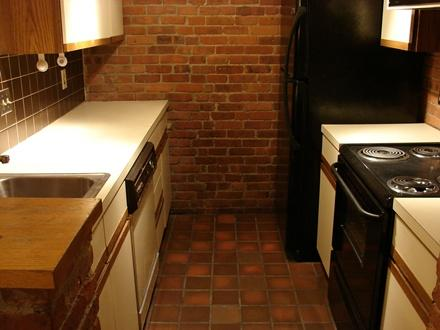 2 Bd on Gainsborough St., Disposal, Exposed Brick, Laundry in Unit, A/