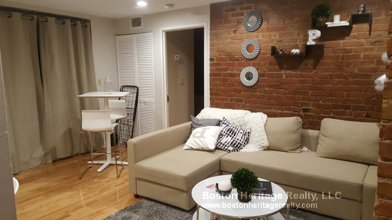 1 Bed, 1 Bath apartment in Boston, Fenway for $2,150