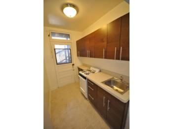 LAKEVIEW 1 BED/1 BATH