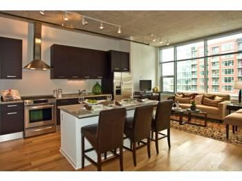 2 BED/2 BATH LOFT IN THE SOUTH LOOP