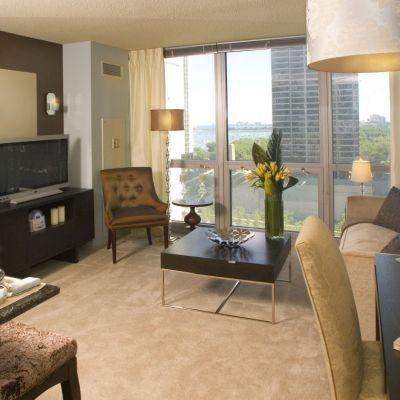 2 BED/2 BATH IN LAKESHORE EAST