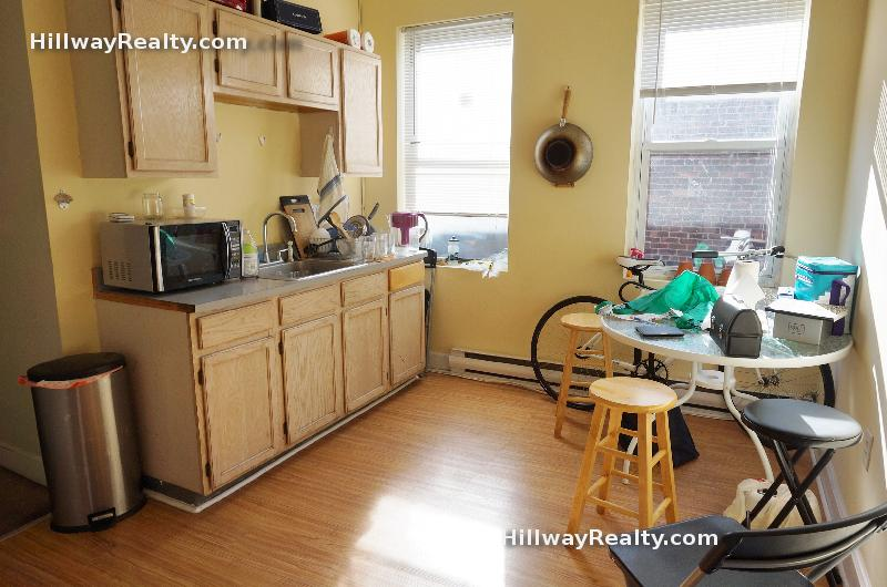 Large 3 bed, big bedrooms, for Sept 1st!!  On Huntington Ave, near T!