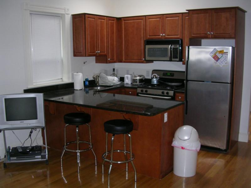 1 Bd on Arundel St., Avail 09/01, Deck, Central Air, Laundry in Unit