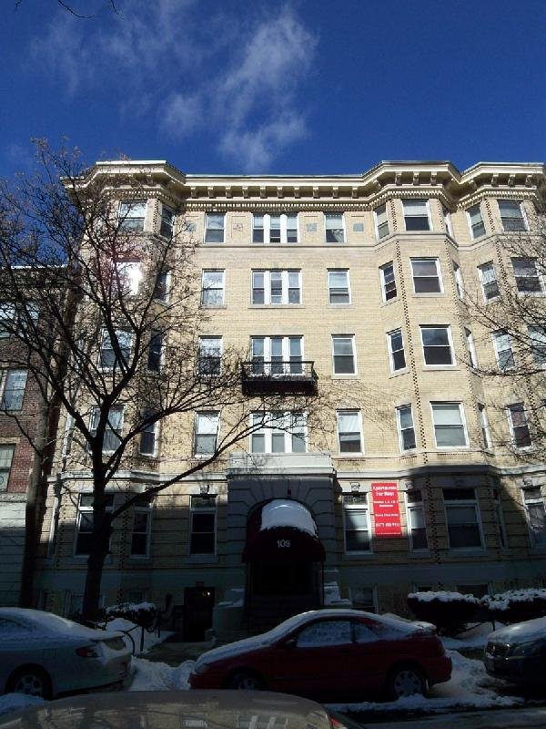 Complex at 109 Peterborough St