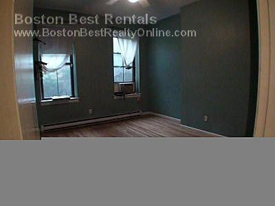 Berkley, Boston, MA 02215-3601