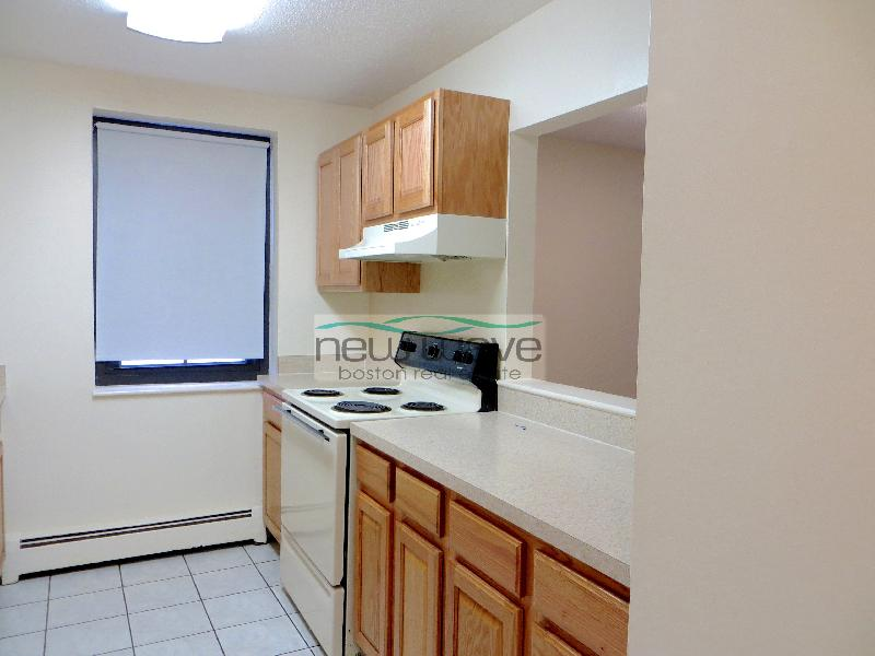 2 Beds, 1 Bath apartment in Boston, South End for $2,400